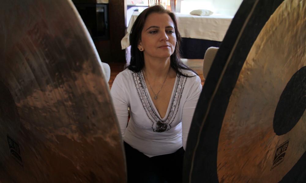 Małgorzata Kronenberger przy gongach